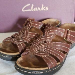 Clark's Lexi Dill Brown Slide
